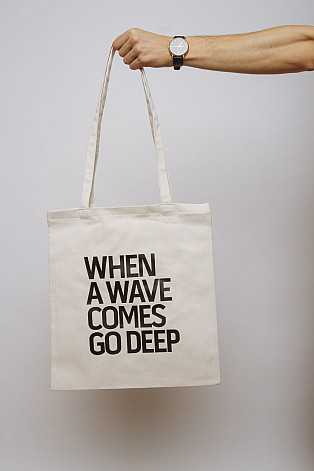Lake Malawi Tote Bag, When A Wave (Ecru)